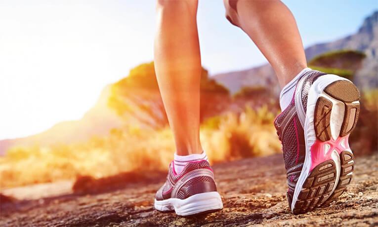 Упражнения на перекладине и пробежки